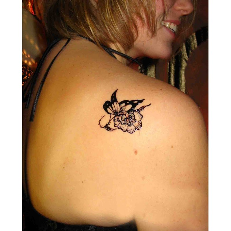 Petit tatouage temporaire paris 10 eph m re l 39 encre australienne - Bon salon de tatouage paris ...